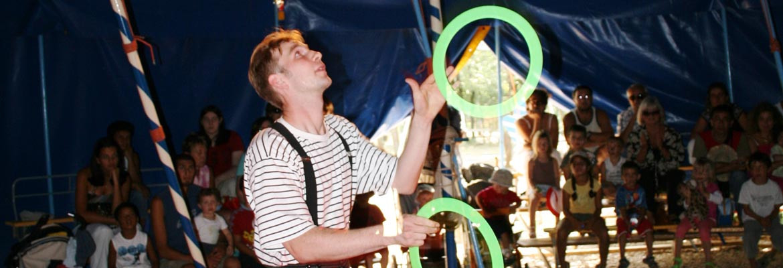 Spectacle de jongleur